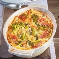 Nudelauflauf mit Brokkoli und Schinken in Käse-Sahne Sauce