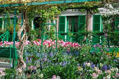 Monet s home at GivernyGiverny: gardens & home of Monet. It can be visited in a day. Advice:get there early before the tourist buses. If you take the train, it arrives in Vernon, then take the short cab ride to Giverney. It's like being in a Monet painting. Closed Mon. Web site:http://giverny.org/gardens/.