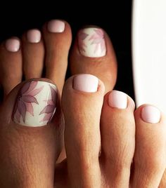 toe nail designs Your Fingernails Arent the Only Place for Nail ArtTry These Fun Toe Designs Simple Toe Nails, Pretty Toe Nails, Cute Toe Nails, Summer Toe Nails, Beach Nails, Manicure, Pedicure Nail Art, Toe Nail Art, Pink Pedicure