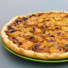 Découvrez la recette Tarte aux prunes et spéculoos sur cuisineactuelle.fr.