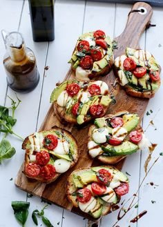 First-date-dinner-tips-Grilled-Avocado-Caprese-Crostini