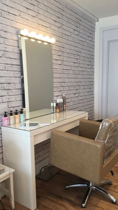 Our styling stations at Ampla Vella