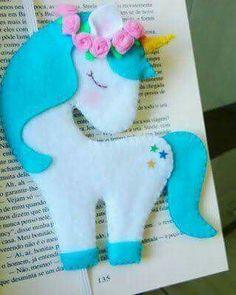 Risultati immagini per molde unicornio em feltro Felt Diy, Felt Crafts, Diy And Crafts, Crafts For Kids, Felt Christmas, Christmas Crafts, Sewing Crafts, Sewing Projects, Felt Projects