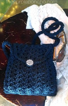 Here are my latest crocheted crossbody bags and purses that I've designed and posting for inspiration only. I free form my purses and really enjoy just creating each one. #crochetbags
