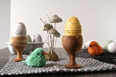 HOMEMADE:  Copycat Lush Bath Bombs in Easter Egg Shapes