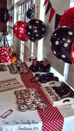 """Photo 6 of 66: Mickey & Minnie / Birthday """"MOUSKE CUMPLE VINTAGE"""" 