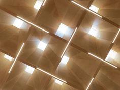 Collège et salle polyvalente, Klaus (AT) Ceiling Detail, Ceiling Design, Light Architecture, Interior Architecture, Study Architecture, Waffle Ceiling, Plafond Staff, Cafe Interior, Interior Design