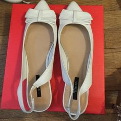 White bow flats Super cute white sling back bow flats. Cute with jeans or a skirt. Great spring staple Forever 21 Shoes Flats & Loafers