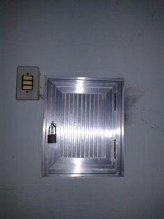 Dicas do Gilson Eletricista: Porteiro tem mêdo de abrir a tampa do Quadro de Di...