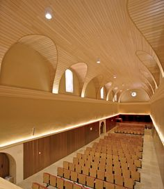 Let your imagination run free to create the most remarkable, solid wood ceiling designs with Wood Linear Ceilings from Hunter Douglas. The wood linear ceilings system provides....