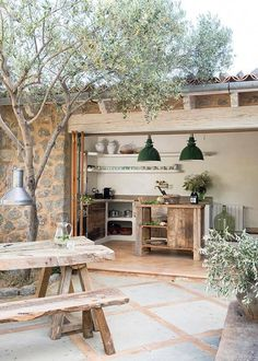 modern rustic interiors This home on the island of Mallorca (Spain) has been designed by Spanish architectural firm Moredesign. Building the rustic stone house was a process ove Design Hotel, Villa Design, Terrace Design, Design Shop, Garden Design, Rustic Chic, Rustic Decor, Modern Rustic, Rustic Table
