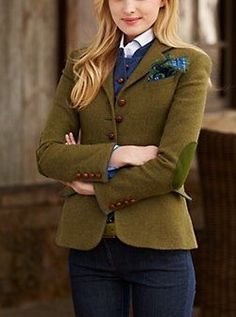 Green Girl, Fall Winter Outfits, Lotus, Fall Winter Fashion, Lotus Flower, Lily