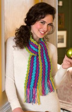 Holiday Gift Scarf By Katherine Eng - Free Crochet Pattern - (redheart)