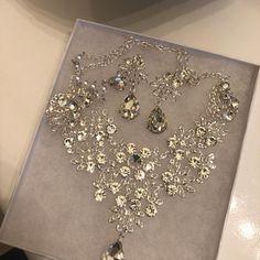 Items similar to wedding jewelry set, Bridal jewelry set, Bridal backdrop bib Marquise Crystal necklace earrings, bridal necklace statement, Ballroom jewelry on Etsy Handmade Bridal Jewellery, Indian Bridal Jewelry Sets, Wedding Jewelry Sets, Wedding Accessories, Hair Accessories, Gold Bridal Earrings, Bridal Bracelet, Bridal Necklace, Bridesmaid Jewelry Sets