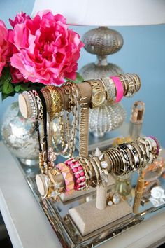 how to display bracelet, necklace and watch in  one place