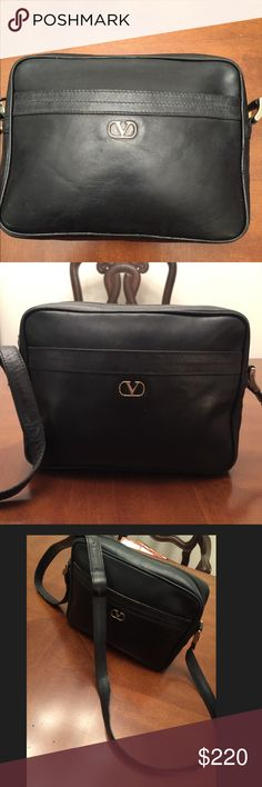 Valentino shoulder/crossbody bag Valentino leather bag. In used but good condition. Valentino Bags Crossbody Bags