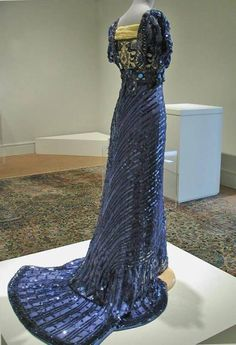 edwardian-time-machine:  Evening Dress, 1909, Callot Soeurs, Paris, Silk mesh embellished with celluloid sequins and paste gems, Gregg Museum of Art & Design. Source