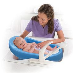 Summer Infant Cushy Cradler Newborn Bath Tub http://www.googoogear.com/bath-potty/bath-tubs/summer-infant-cushy-cradler-newborn-bath-tub-top-reviews-key-info/ ◾Pros: ◾Fits in sink, bath tub, or shower ◾Easy to clean and drain ◾Comfortable  ◾Cons: ◾Older babies can't sit up in it ◾Doesn't fit in all sinks ◾Baby outgrows quickly