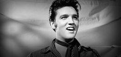 CCL - Cinema, Café e Livros: A verdade por trás da morte de Elvis Presley