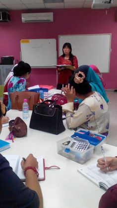First Meeting about the project (Adopt a seed)..... by Madam Ng Bee Ling (Advisor)