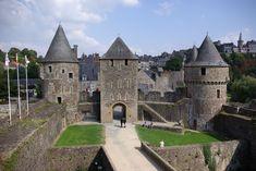 fougères - région Bretagne - Château de Fougères - entrée du château