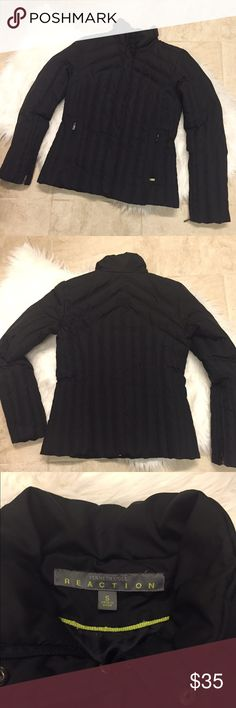 """{Kenneth Cole Reaction} Black Puffer Coat {Kenneth Cole Reaction} Black Puffer Coat. Size: S. EUC. Total length from top of shoulder to bottom hem is about 23.5"""" Kenneth Cole Reaction Jackets & Coats Puffers"""