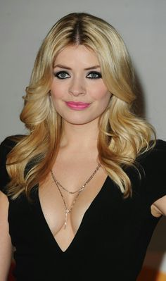 Picture of Holly Willoughby Hottest Female Celebrities, Beautiful Celebrities, Most Beautiful Women, Amazing Women, Celebs, Beautiful People, Holly Willoughby Bikini, Celebrity Pictures, Celebrity Style