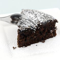 Denne saftige sjokoladekaken er uten sukker, gluten og melk. Lchf, Keto, Stevia, Healthy Snacks, Protein, Food And Drink, Low Carb, Bread, Desserts
