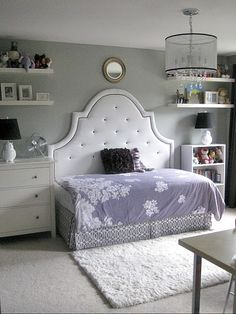 Full headboard with a twin mattress/frame turned longways: a brilliant way to save space in a small room. Perfect for a kid's room, or a guest room. Add an ottoman, and it's a cozy sitting area, too! - cool idea, maybe for evie's big girl room some day! Home Bedroom, Girls Bedroom, Bedroom Decor, Bedroom Ideas, Girls Daybed, Bed Ideas, Bedroom Furniture, Furniture Layout, White Furniture
