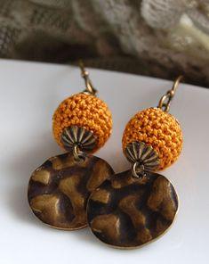 un jardín de hilo: Some new earrings ...