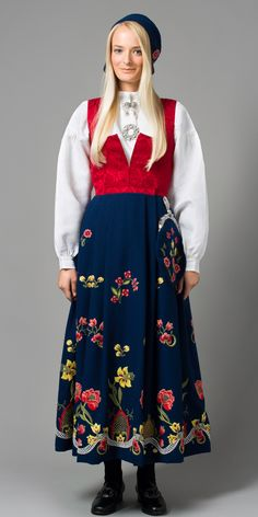 """Grafferbunad"" with red damask waist and blue embroidered skirt from Lom, Gudbrandsdalen, Oppland, Norway (I think the damask waist have more color options)"