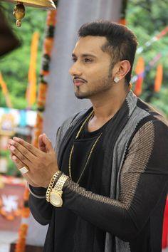 Sweet punjabi look of Yo Yo Honey Singh