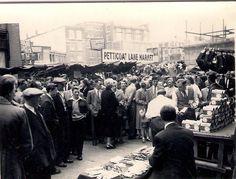 "Middlesex Street (""Petticoat Lane""), London, 1 August 1954"