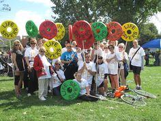 The Life Savers team at the Ovarian Cancer Canada Walk of Hope in Ottawa / L'équipe Life Savers à la Randonnée de l'espoir d'Ottawa