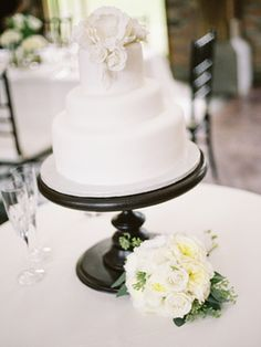 NATALIE & STEVEN | Jesse Ryan  wedding cake on a DIY cake stand
