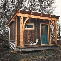 Sauna - Spruce and shou sugi ban fir - Alaskan Viking Sauna House, Tiny House Cabin, Tiny House Living, Rustic Saunas, Building A Sauna, Sauna Design, Design Design, Interior Design, Outdoor Sauna