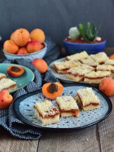 Drobenkový koláč s meruňkovou náplní Lidl, Sweet Recipes, French Toast, Cheese, Breakfast, Food, Morning Coffee, Essen, Meals