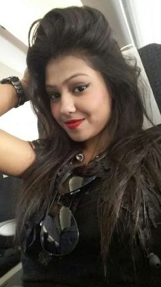 Attractive and cute girl with sweet smile https://www.24nightgirls.com/paharganj-escorts-service/