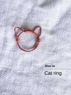 DIY Wire Cat Ring Tutorial from Bead It & Weep. This is a really easy DIY but I always suggest practicing on really cheap wire first. I also posted this 2 gauge wire DIY Wire Wrapped Cat Ring Tutorial from Cut Out + Keep here. And since it's so close. Wire Crafts, Jewelry Crafts, Jewelry Tools, Jewelry Ideas, Jewelry Box, Diy Jewelry Gifts, Jewelry Cabinet, Ruby Jewelry, Jewelry Tree