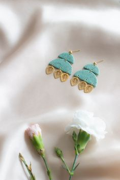 This unique handmade earrings ensures to make your outfit stunning. These are made from ultra light polymer clay, that won't weigh you down. Green Earrings, Earrings Handmade, Women's Earrings, Beautiful Gift Boxes, Diy Accessories, Mint Green, Boho Fashion, Polymer Clay, Dangles
