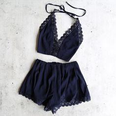 del carmen two piece set - navy from shophearts. Shop more products from shophearts on Wanelo. Image Mode, Jugend Mode Outfits, Summer Outfits, Cute Outfits, Mein Style, Two Piece Outfit, Look Chic, Fashion Outfits, Womens Fashion