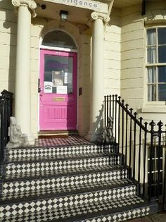 Artist Residence Brighton, England: Cool black & white tile on steps, bright pink front door. Brighton England, Brighton And Hove, Front Door Porch, Front Doors, Porch Tile, Tile Steps, Brighton Houses, Hotel Stay, Amazing Spaces