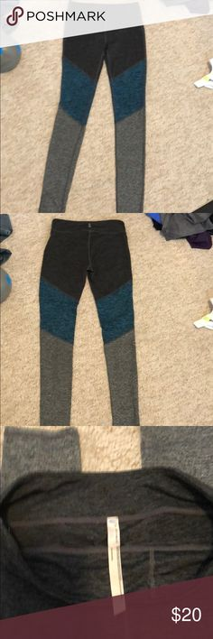 Yoga leggings size small/p free people Dark gray/blueish turquoise/ lighter gray free people yoga pants, only worn once they are too long for what I like, very nice soft material like brand new small/p Machine wash Free People Pants Track Pants & Joggers