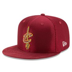 050b2f8a8 Men s Cleveland Cavaliers New Era Maroon 2017 NBA Draft Official On Court  Collection 59FIFTY Fitted Hat
