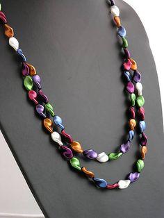 Beaded necklace http://www.sashe.sk/kacenkag/detail/farebna-elegancia