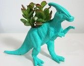 picturing these AWESOME dinosaur mini planters on my windowsil above the sink... i want 4+ of them, one just isn't enough! PLAID PIGEON - etsy :)