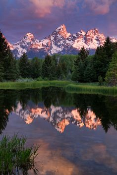 Sunrise at Schwabacher Landing, Grand Teton National Park, Wyoming.