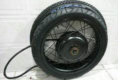 Cromotor wheelset with moto tyre and rim