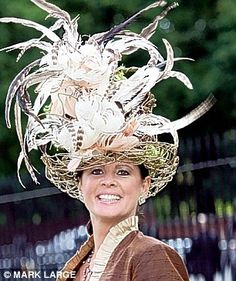 Hats off to Ascot! The wild, wacky and wonderful outfits of Ladies Day | Mail Online