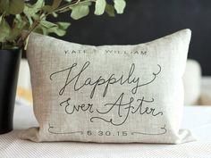 Glücklich je nachdem handgemachte Love Pillow von yunandyoonie